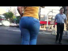 Madura Nalgona En Jeans