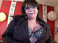 Chubby grandmother and her old wet vagina