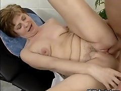 Dirty Mature Slut Goes Crazy Sucking And Riding An Hard