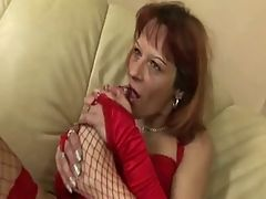 Redhead mom takes in asshole creampie anal culo troia