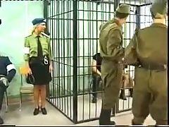 Die Excesse in den Kellern des NKWD
