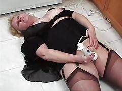 Sexy Granny 01