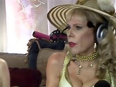 Jewish Granny Squirts During Sex Show