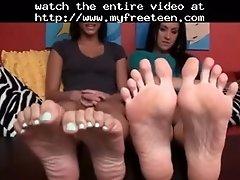 Hypnotizing Feet Teen Amateur Teen Cumshots Swallow Dp