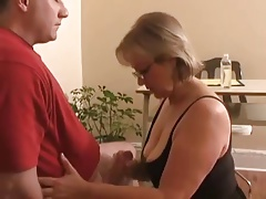 Mature Woman Gives A Pearl Necklace Milking WF