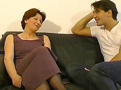 Mature Lady Gets A Seeing To