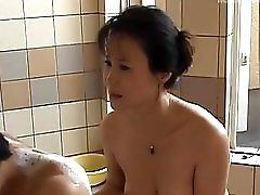 SWeet solo in the bath for Runa Akasaka
