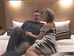 Meine erste reife Frau im Hotel gefickt