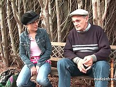 Young Amateur Banged By Papy Voyeur