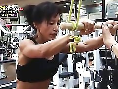 Korean Muscle mom