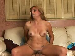 Hot Mature Cougar Mikela Kennedy