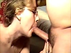 Amateur blowjob and deepthroat