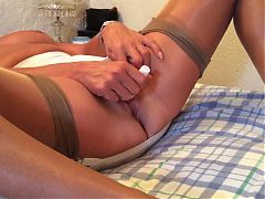 Mature masturbation 2 minute orgasm
