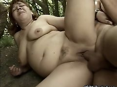Thick Brunette Mature Mom Gets Her Wet Pussy Fucked Out