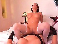 Tranny Queen Bianca fucks Cindy Dollar