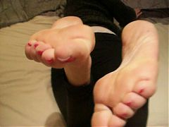 Mature Feet Soles And Toes