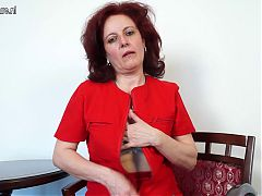Amateur Mature Mom First Time On Cam