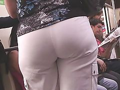 JUICY CANDID ASSES in HD