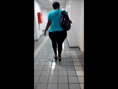 Negra no corredor