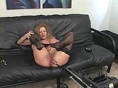 Amber Michaels machine fuck